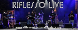 "CONCERTO LIVE RIFLESSO  Al "" THE CITY""  Disco Pub - Pizzeria"